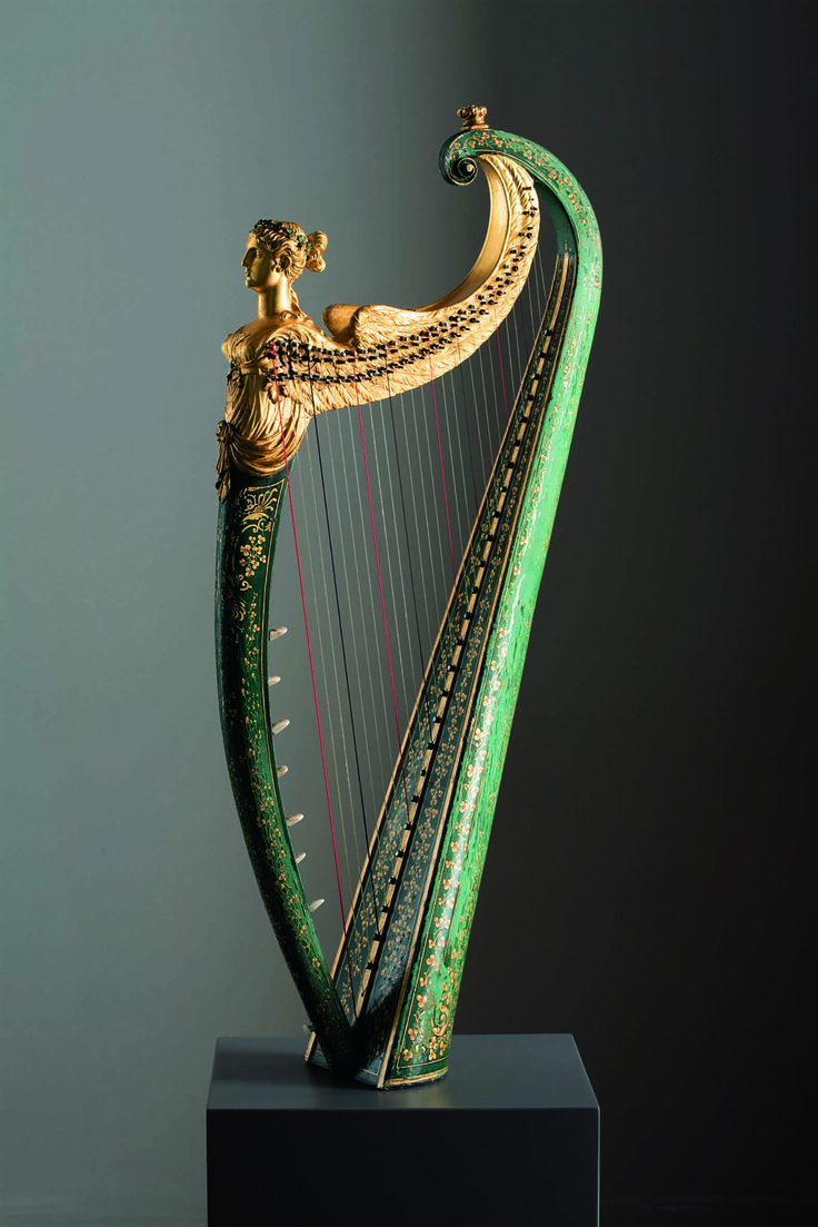 """""""This improved Irish harp was invented & made by John Egan Dublin, & his two sons John & Charles Egan, 1820"""" - Museo dell'arpa Victor Salvi"""