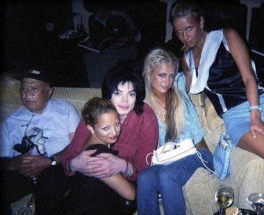 the sickness... - (ill)(nicole richie)(michael jackson)(paris hilton)(nicky hilton)