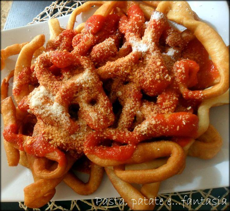 Pappardelle di pizza al pomodoro