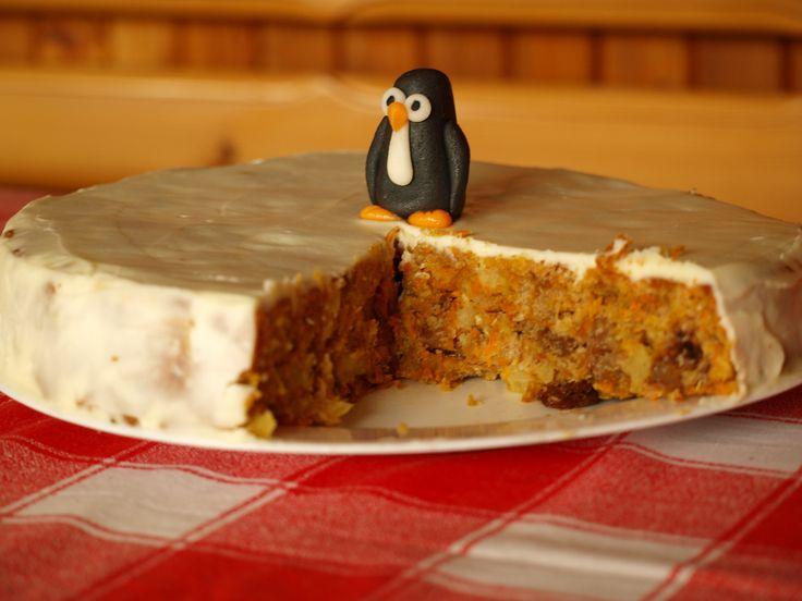 ANANASOVO-KAROTKOVÝ DORT Pokud patříte i vy mezi ty lidi, co nemají rádi hutné, krémové dorty, pak jste na správné adrese. Tento superzdravý dort je velmi rychlý, chutný a pokud ho pomažete tímto s…