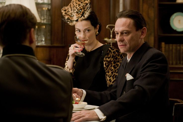 Julie Dreyfus (Francesca Mondino) and Sylvester Groth (Joseph Goebbels ___