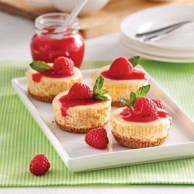 Mini-cheesecakes aux framboises - Recettes - Cuisine et nutrition - Pratico Pratique