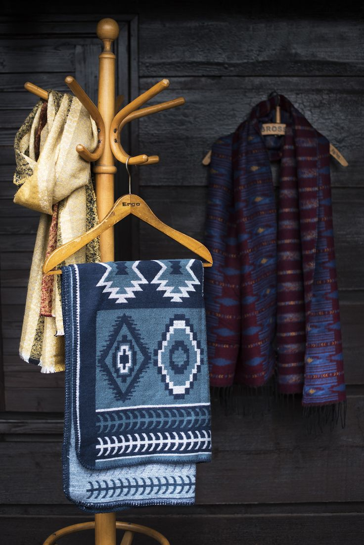 Beautiful scarves.   Szaleo.pl | Be new fashioned & accessorized!