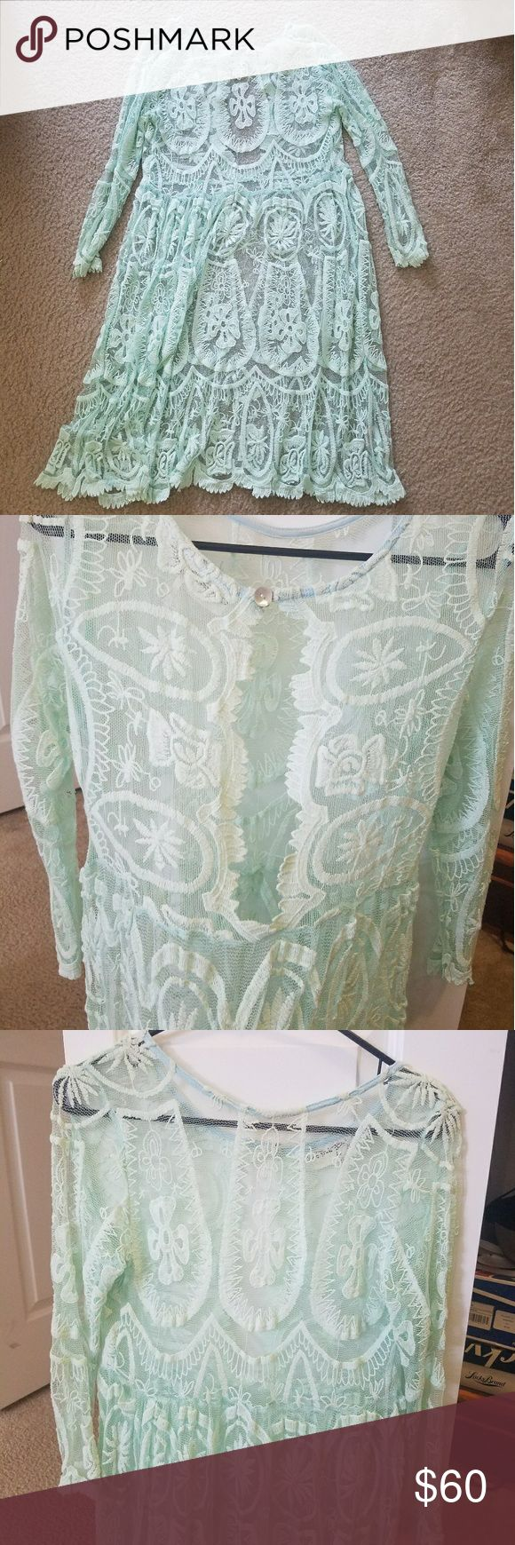 Free people lace dress 3 quarter length sleeved full lace dress. Free People Dresses High Low