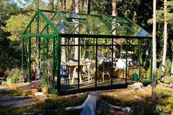 V xthuset green room fr n willab garden willab garden for Green garden rooms