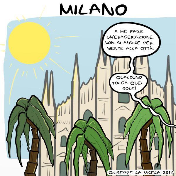 A #Milano, in #PiazzaDuomo, sono spuntate le #palme. Presto arriveranno anche gli alberi del banano.