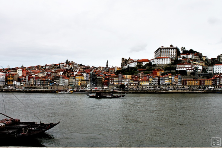 HDR   - photoshop art [Oporto, Portugal 2012]