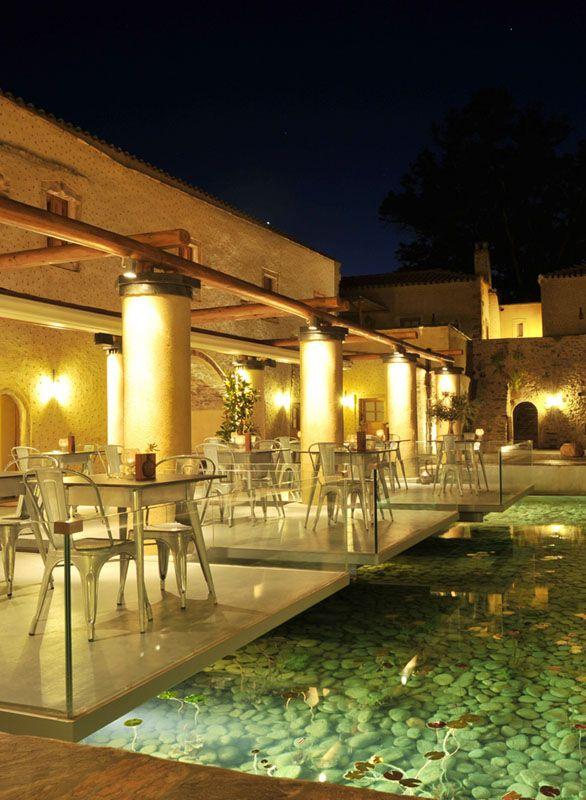 Kinsterna Hotel & Spa Restaurant http://www.mediteranique.com/hotels-greece/monemvasia/kinsterna-hotel-spa/