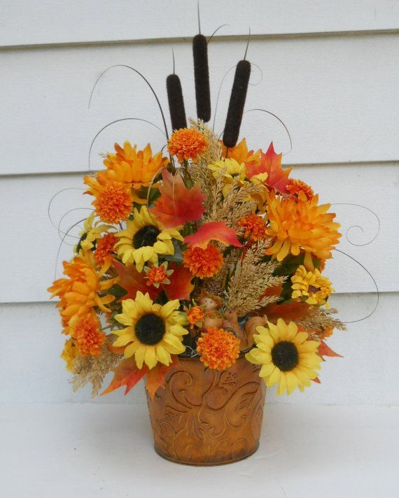 17 best images about decorating on pinterest floral for Autumn flower decoration