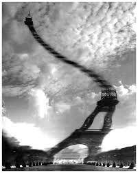 """Résultat de recherche d'images pour """"Robert Doisneau (1912- ) Distorsion Optique, Tour Eiffel"""""""