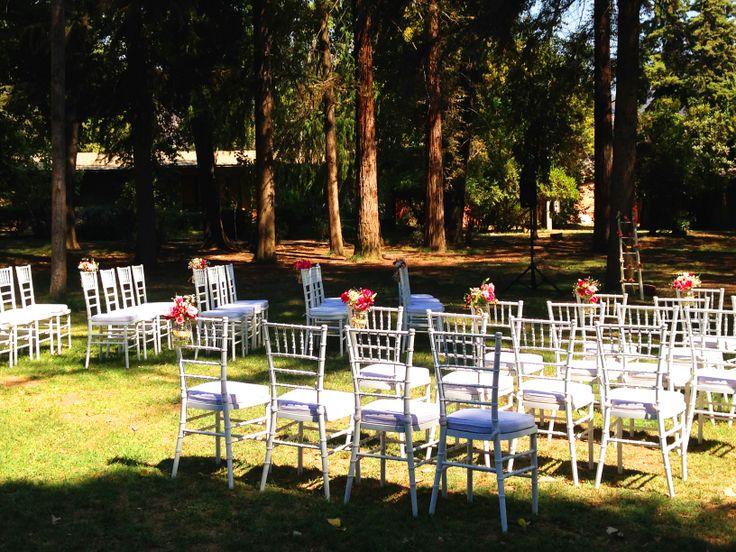 Ceremonia al Aire Libre contacto@lasmariasdecoracion.cl www.lasmariasdecoracion.cl