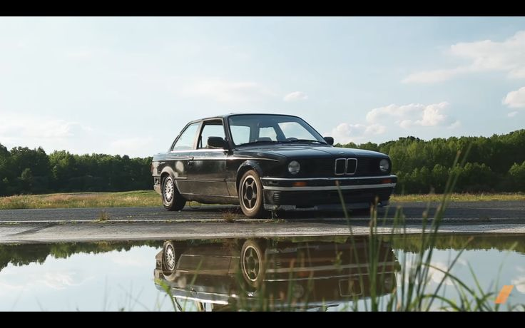 VIDEO: /The Drive's E30 BMW 325is gets ready for ChumpCar - http://www.bmwblog.com/2017/04/15/video-drives-e30-bmw-325is-gets-ready-chumpcar/