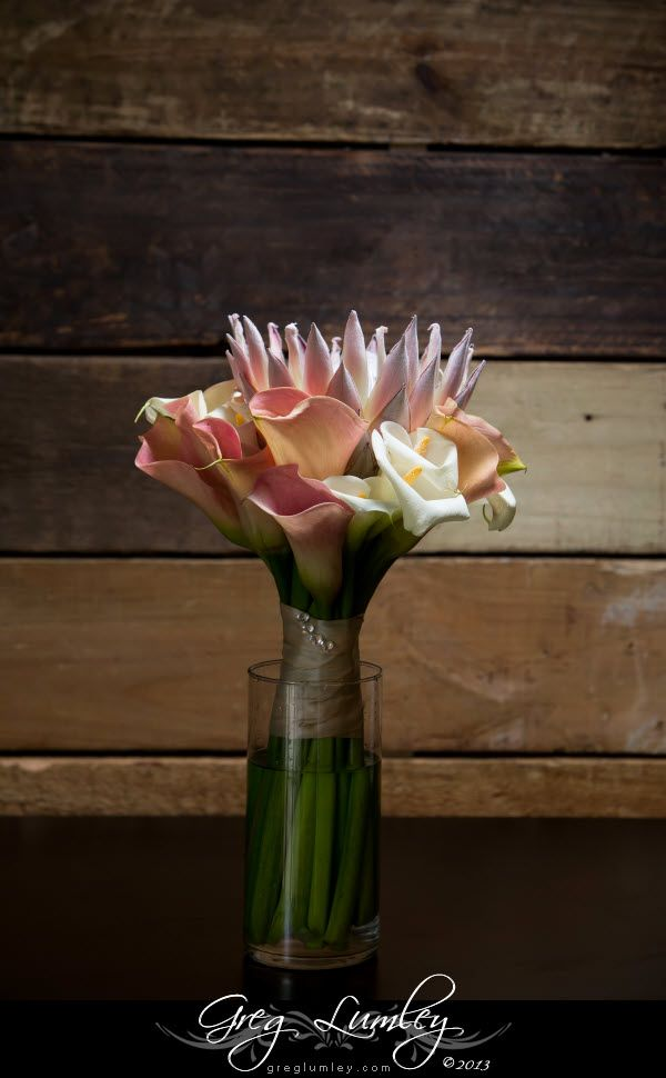 Beautiful bridal bouquet using