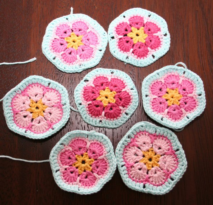 African Flower Hexagon Crochet Pattern Free : 405 best images about African Flower ideas on Pinterest ...