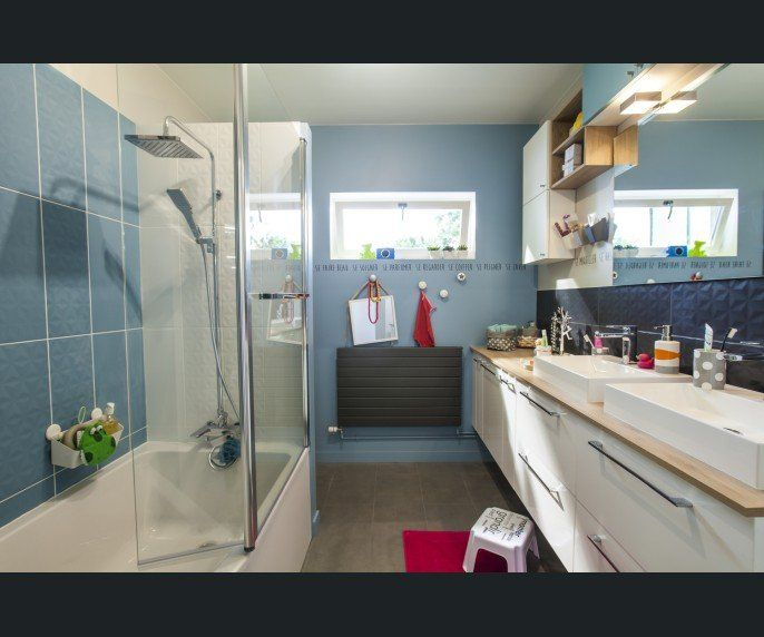 Salle de bains Blanc/beige/naturel Bleu LODEN Contemporain / Actuel