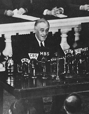 the public administration of franklin roosevelt in america The new deal roosevelt had promised the american people began to take  the  country out of the depression, the first days of roosevelt's administration saw.