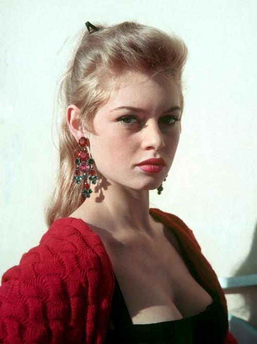 Brigitte Bardot // red lip