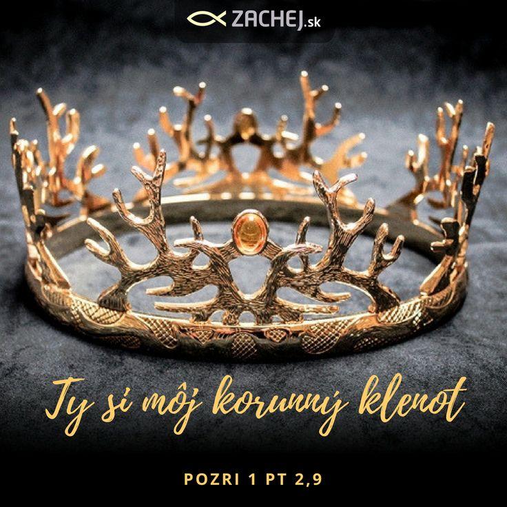 Mnohokrát sa necítime ako z kráľovského rodu. No napriek tomu doň patríme. To ako sa cítime neurčuje to, kým sme. Naše pocity sa môžu meniť, ale Božie pocity voči nám sa nikdy nezmenia. Nič nás nemôže odlúčiť od Božej lásky. Vykročme dnes v našej pravej identite!   #citatyzachej #zachejsk #knihyzachej #advent2016 #vianoce2016  https://goo.gl/7zl3Ve