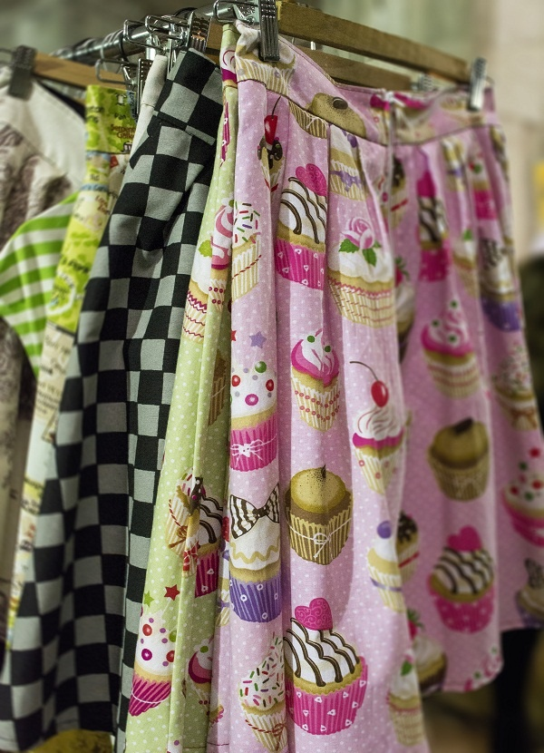 "skirts: www.facebook.com/cruel.candy    Hot Magenta Blog: The Meet Market at ""The Grey Building"""