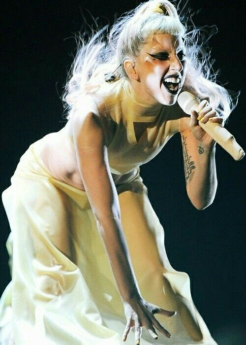 Lady Gaga (Grammy Awards 2011)