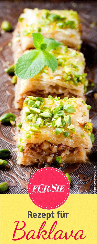 Finden Sie hier das kostenlose Rezept für die klebrig-süße Baklava, eine…