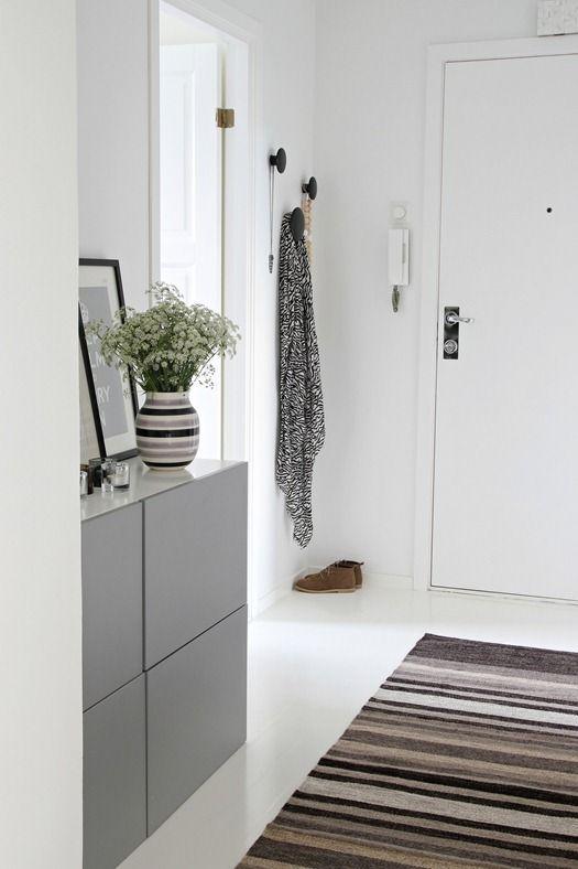 Nordic Leaves entrée en gris et blanc scandimagdeco