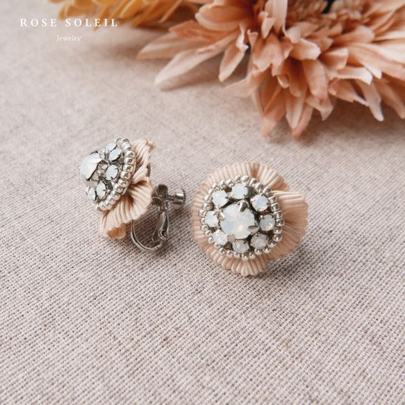 Rose Soleil Jewelry Blossom Wind Collection | スワロフスキークリスタルとリボンイアリング