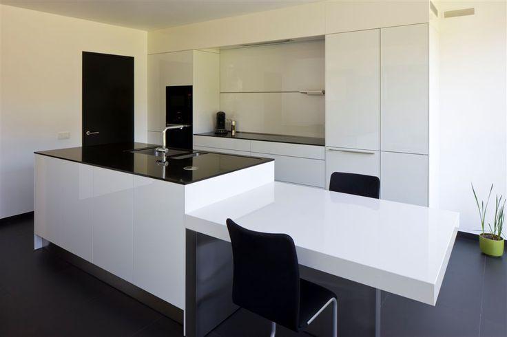 17 beste idee n over zwart witte keukens op pinterest zwarte keukens en moderne keukens - Zwart meisjes kamer en witte ...