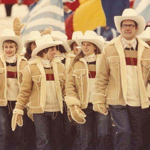 . The shearling jacket which Levi's produced for U.S. olympic players in 1984. We have only size:XS. #levis #olympic #ceremony .  #italia #milano #italy #japan #fashion #vintage #military #suit #used #shop #street #sartoria #tailor #bespoke #handmade #menswear #style #photooftheday #life #eral55 #eralcinquantacinque #sartorialazzarin #イタリア #ミラノ #セレクトショップ #ビンテージ #古着