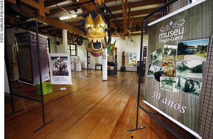 Exposição Museu Tingüi-Cuera. Araucária - Paraná.