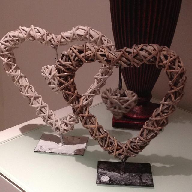 Cane heart in heart freestanding