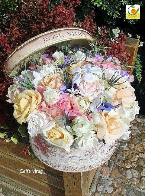 Egy vintage doboznyi virág tavaszi hangulatban - anyák napjára, Esküvő, Otthon, lakberendezés, Ruha, divat, cipő, Esküvői csokor, Meska