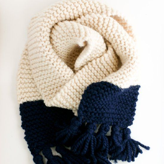 Flaunt those school colors. Make this easy, chunky, garter knit scarf with this free pattern.