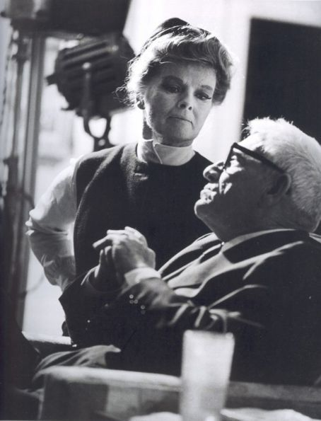 """Katharine Hepburn and Spencer Tracy on the set of """"Guess who's coming to dinner"""", 1967"""