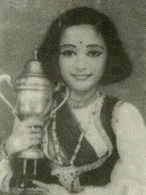 rare pic of young Madhuri Dixit...