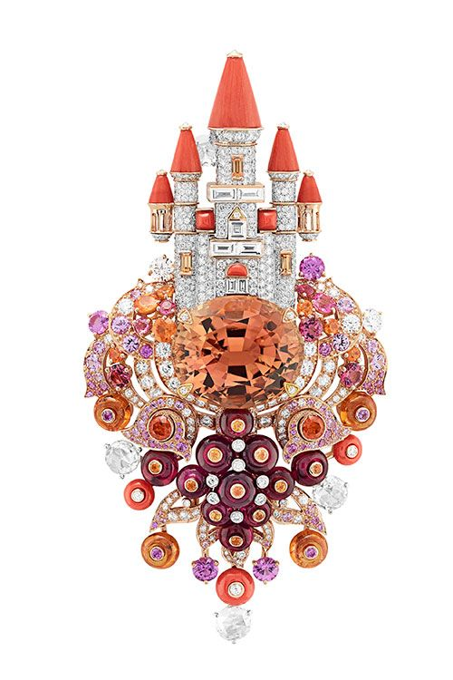 """Van Cleef & Arpels (Van Cleef & Arpels) got the inspiration from the fairy tale """"donkey skin"""", new high jewelry collection """""""
