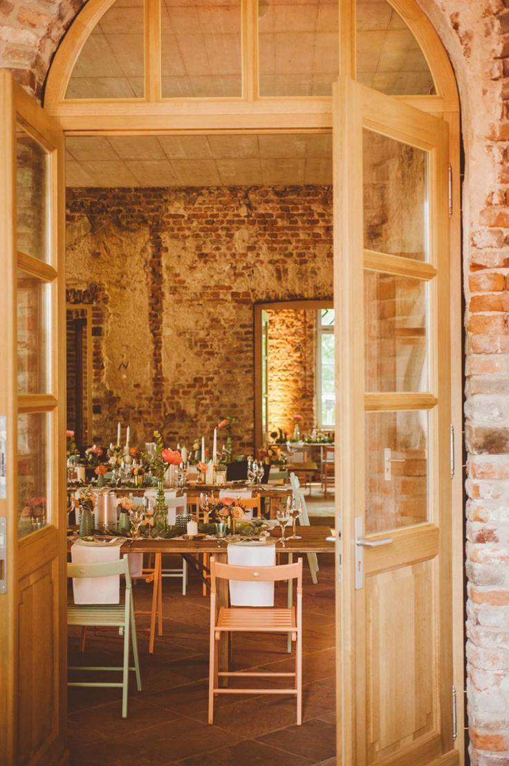 Einfach märchenhaft: Tischdekoration im  Rittergut Orr #Hochzeitsfeier #Tischdeko #Wedding