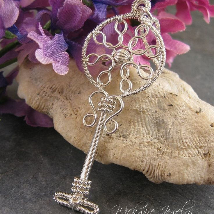 Art Deco Key Pendant   JewelryLessons.com
