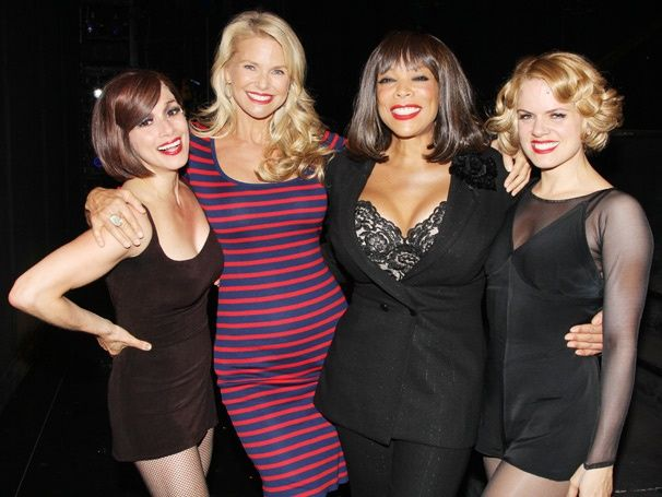 It's a hot night at CHICAGO with Wendy Williams, Amy Spanger & guest Christie Brinkley