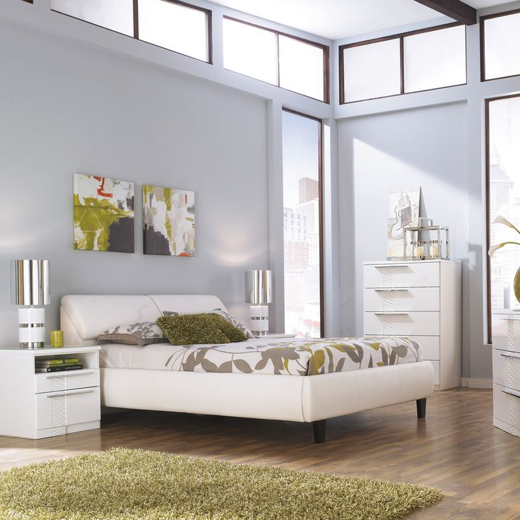 Signature Design By Ashley Jansey White Upholstered Storage Bed    Overstock™ Shopping   Great Deals