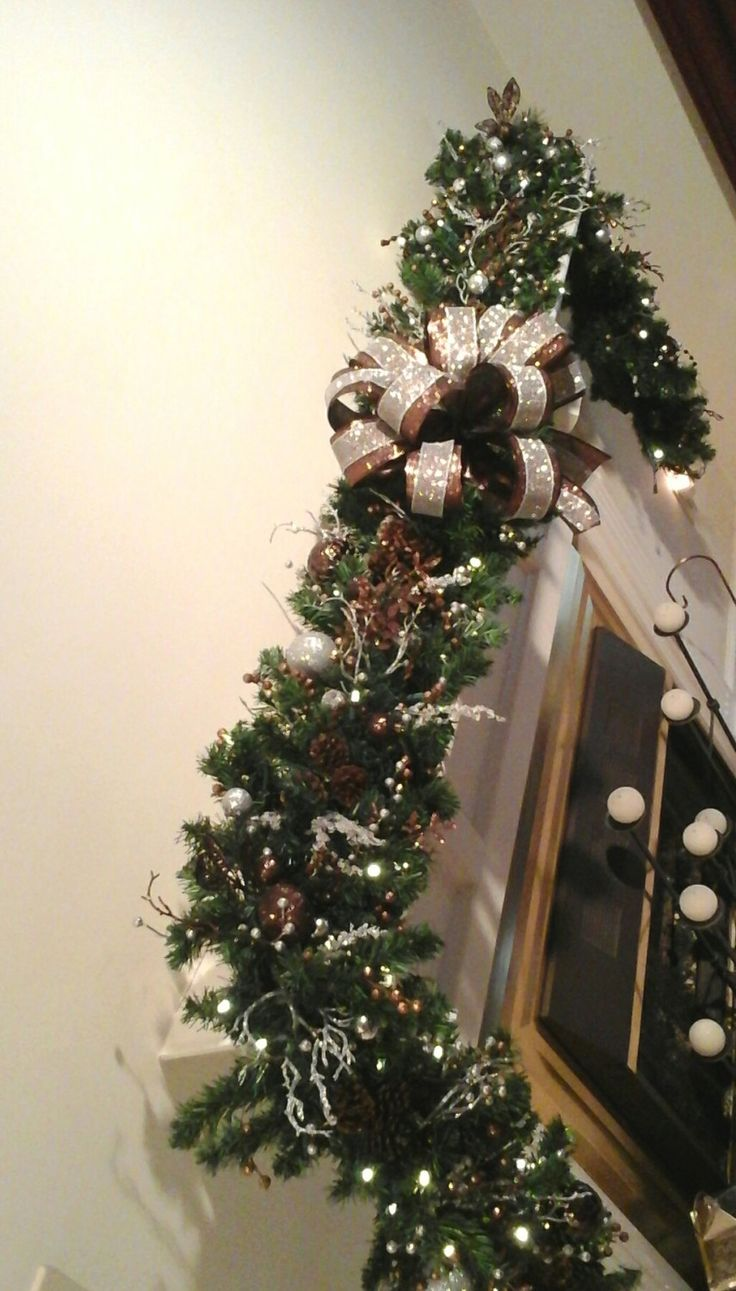 137 best Christmas Swags, Wreaths images on Pinterest | Christmas ...