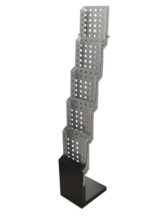 PortaFolletos Plegable Portátil modelo Soubran.Portafolletos plegable fabricado en acero. Cuenta con 5 compartimentostamaño DIN A4...