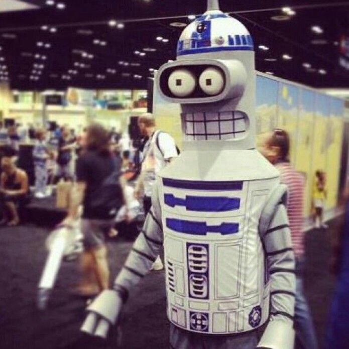 Found a Bender (Futurama) R2-D2 (StarWars) - laughing so hard!!!