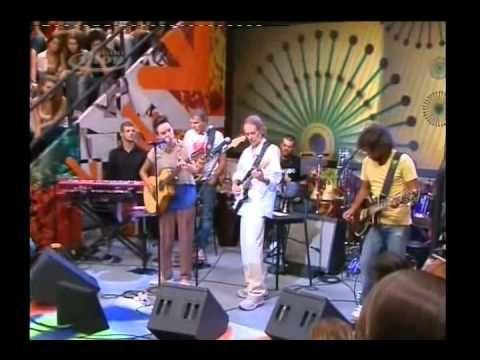 Beto Guedes e Maria Gadú no Altas Horas.  Música: Amor de Índio 10.03.2012