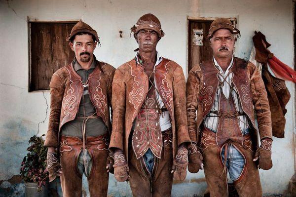 Vaqueiros, Sertao/ Brasil by photographer Luis Fabini awesome photos of South American Cowboys