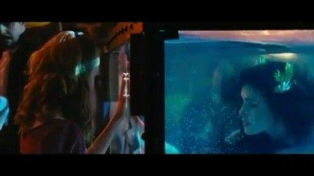 Setelah film live-action 'Beauty and The Beast' segera meramaikan layar lebar mulai pekan depan. Tahun ini satu lagi film bertema dongeng pun turut diangkat ke dalam versi live-action yaitu 'The Little Mermaid'. Berdasarkan dongeng karangan Hans Christian Anderson film ini akan berkisah tentang seorang gadis kecil dan kakak laki-lakinya yang menemukan sosok Little Mermaid dalam perjalanannya di Mississippi. Film ini sendiri pun diperankan oleh William Moseley Poppy Drayton Shirley MacLaine…