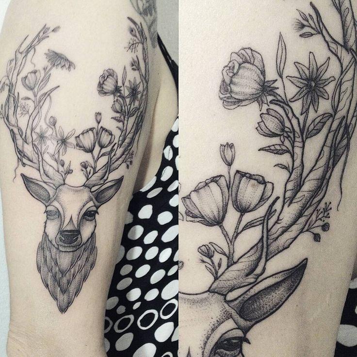 """26 Deer Tattoos: """"Pra Encerrar O Ano, Um Cervo Com Flores No Chifre, Pra"""