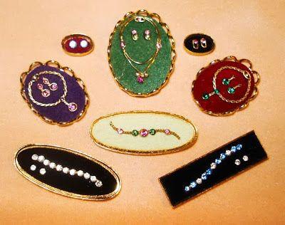 Good Sam Showcase of Miniatures: Jewelry