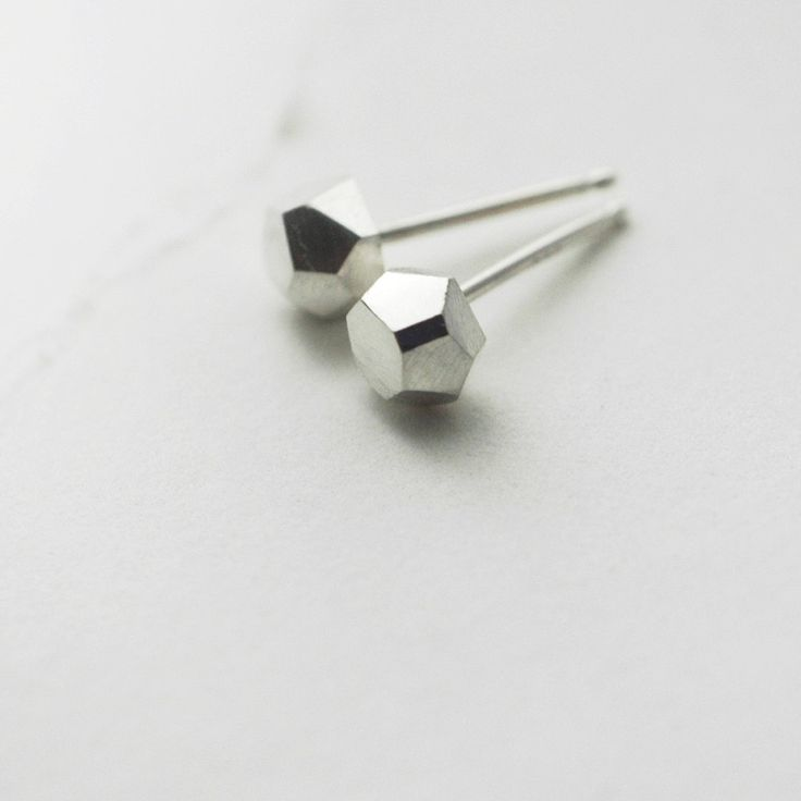 Faceted Diamond-like sterling silver studs by Minicyn on etsy  • H A N D M A D E J E W E L R Y •
