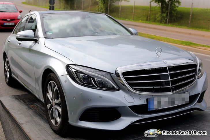 2015 Mercedes C-Class Plug-In Hybrid front